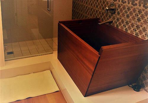 Single Sukiya Teak Wooden Bathtub